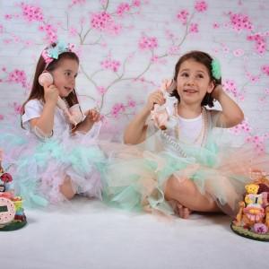Renkli çocuk kostümleri tütü etekler